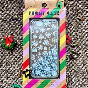 ✰ NEW Forever21 Snowflake Liquid iPhone 6/7/8 Case